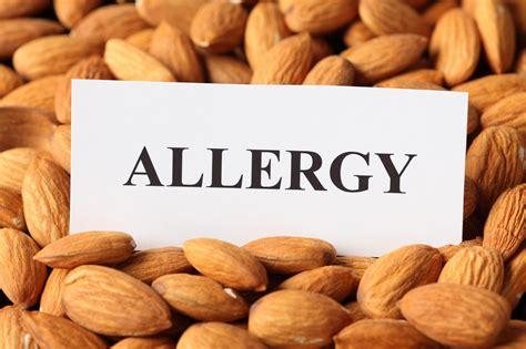 almond allergy symptoms    manage