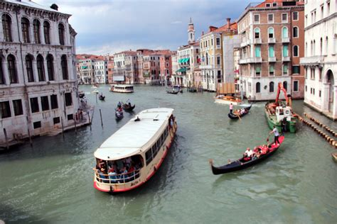 Boats Venice by Venice Italy Canal And Boat Views Frogsview S