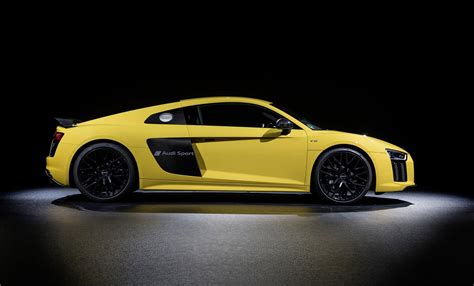 Gambar Mobil Audi R8 by Turn Your Audi R8 Into A Mobile Billboard With New Paint