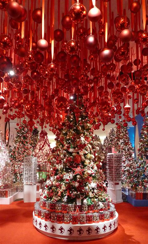 macys  york city christmas shops   world