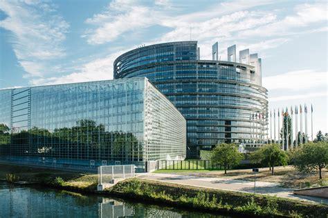 canape d occasion strasbourg le parc de l 39 orangerie et le parlement européen