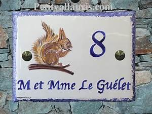 Plaque Numero Maison Personnalisé : plaque ceramique decorative pour maison decor ecureuil ~ Melissatoandfro.com Idées de Décoration