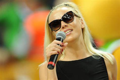 Mia Singer Wikipedia