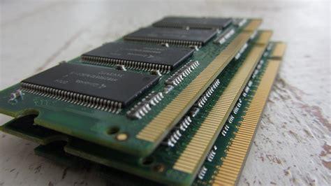 Baik dari seri ram sampai kecepatannya. Begini Cara Kerja RAM Pada Sistem Komputer/Laptop ...