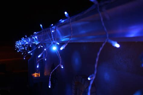 led twinkling icicle lights twinkling led icicle christmas lights by philips flickr