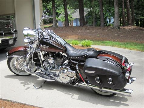 Davidson Road King Image by Buy 2011 Harley Davidson Road King Classic Touring On 2040
