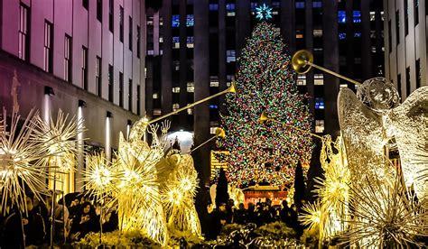states  spend    christmas worldatlascom