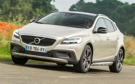 Volvo V40 Cross Country Hd Picture by 2016 Volvo V40 Cross Country Wallpapers And Hd Images