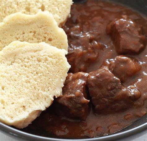 recette de la cuisine recette goulash tcheque au boeuf de la cuisine tchèque