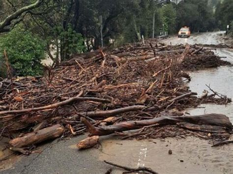 niles canyon road closed due  storm debris