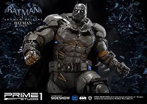 Batman: Arkham Origins Batman XE Suit Statue