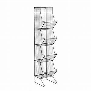 colonne indus en metal noire h 130 cm basket maisons du With colonne maison du monde