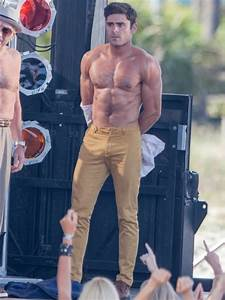 2016: The 'Dirty Grandpa' star takes off his shirt (again ...