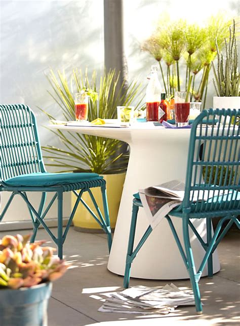white round outdoor dining table 12 stylish outdoor furniture finds
