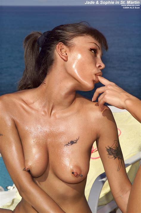 Jade Hsu Licks Her Finger Limonia