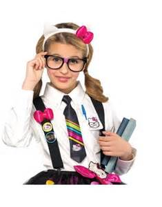 Nerd Day Outfit Ideas for Girls