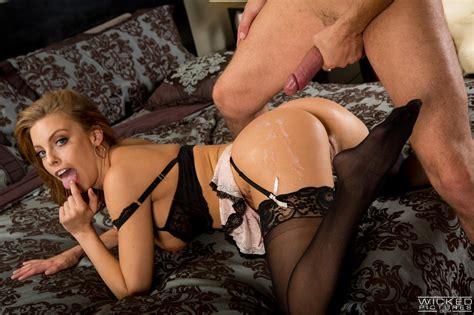 Smoking Hot Maid Just Needs Wild Sex Photos Britney Amber