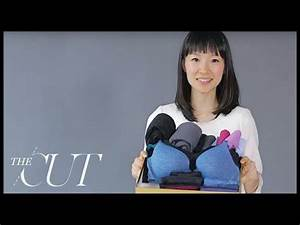 Marie Kondo Magic Cleaning : marie kondo folds a perfect underwear drawer youtube ~ Bigdaddyawards.com Haus und Dekorationen
