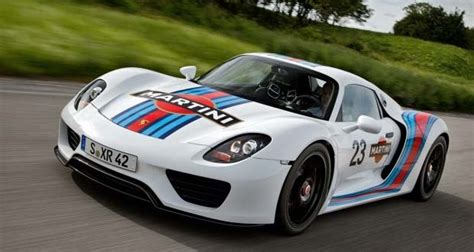 porsche racing colors porsche 918 spyder looks awesome in martini racing colors