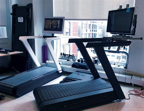 Peloton tread vs nordictrack x32i incline treadmill. Peloton Just Unveiled a $4,000 Treadmill -- and Everything ...