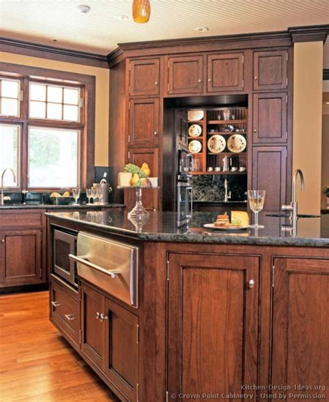 Kitchen Paint Colors With Medium Cherry Cabinets by Pictures Of Kitchens Traditional Medium Wood Cherry