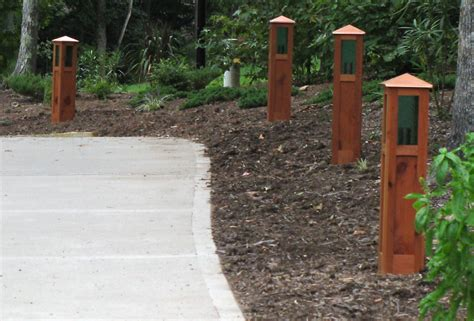 driveway and landscape lights uno woodworks