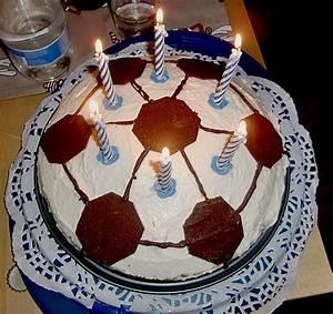 Fußball Torte Rezept : philadelphia torte geburtstags fu ball rezept mit bild ~ Lizthompson.info Haus und Dekorationen
