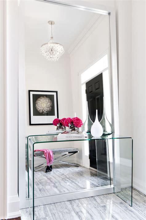 grand miroir a poser au sol miroir couloir et entr 233 e types et bonnes places selon feng shui