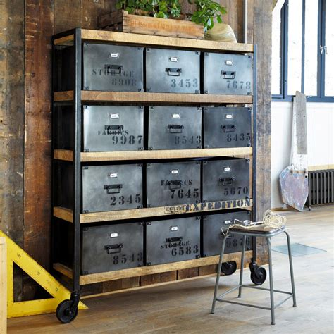 théière maison du monde relooker meuble style industriel avec tabouret indus bob maisons du monde mobilier industriel