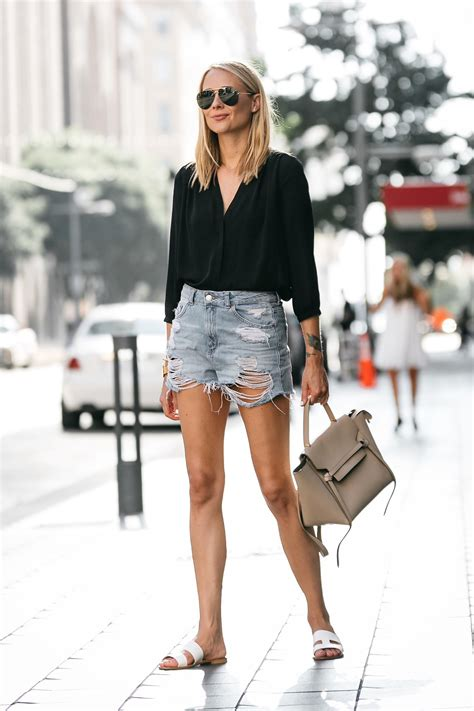 MY RIPPED DENIM SHORTS WEEKEND OUTFIT   Fashion Jackson