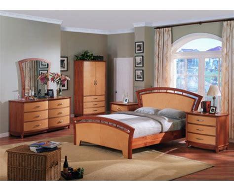 angela footboard bedroom set maple and cherry finish