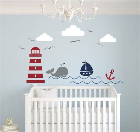 decoration murale chambre bebe chambre bébé moderne avec déco inspirée par la mer
