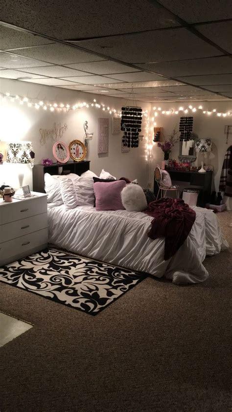 pin  autumn morrison  apartment bedroom ideas