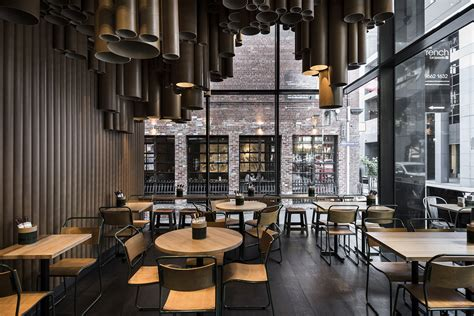 Techné Makes Creative Use Of Cardboard Tubes At Grill'd's