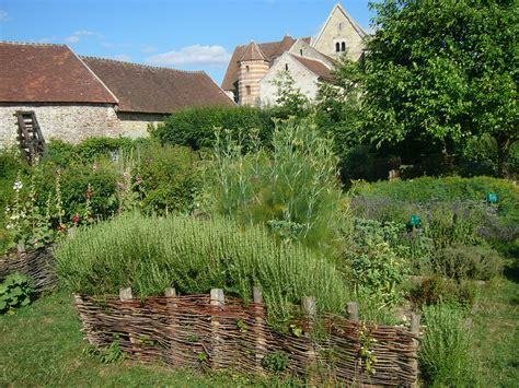 Jardin Médiéval — Wikipédia