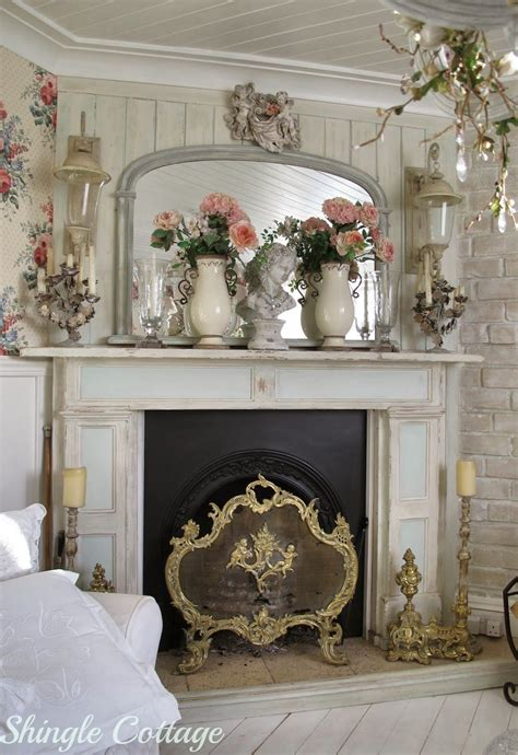 Shingle Cottage Florals And Fabrics Mantles