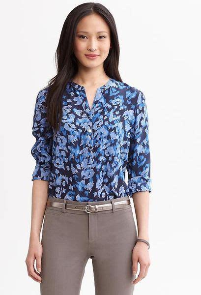banana republic silk blouse banana republic lindsay printed silk blouse in blue true