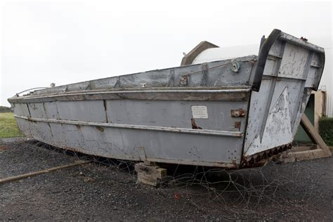 Higgins Boat Lcvp by File Higgins Boat Lcvp Landing Craft Vehicle Personnel