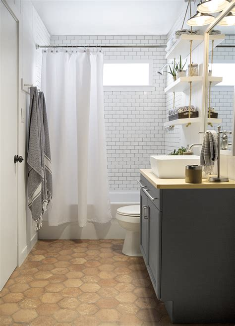 A Builder Grade Bathroom Transformation With Lowe's
