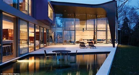 mansion   shore  lake geneva   sale