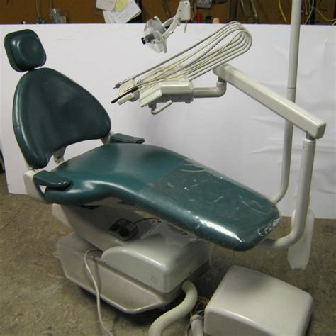 adec cascade 1040 chair w adec unit light pre owned