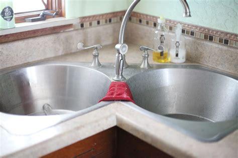 what kind of caulk for kitchen sink 100 images kitchen sink caulk kohler whitehaven sink how