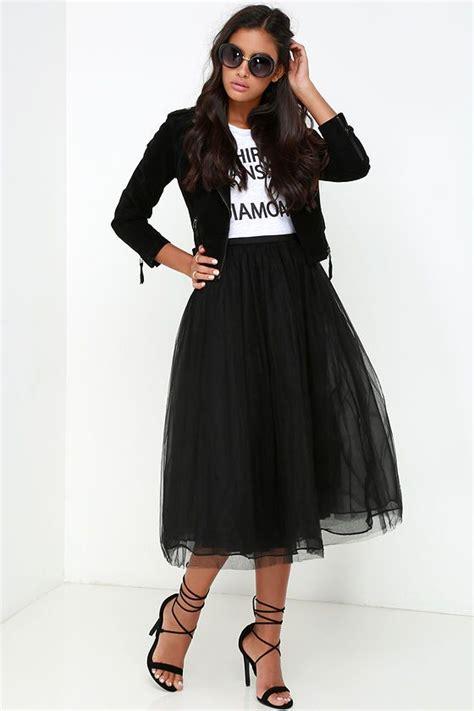 Best 25+ Black tulle skirts ideas on Pinterest | Black tulle skirt outfit Tops for long skirts ...