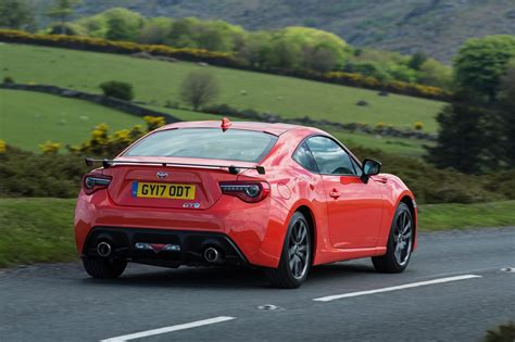 Toyota Cars by Eye Searing Toyota Gt86 Orange Edition Kick Starts New