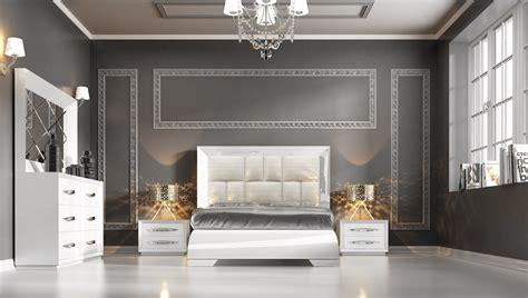 white modern bedroom furniture carmen white modern bedrooms bedroom furniture 17853 | Bedroom Furniture Modern Bedrooms Carmen White side 4