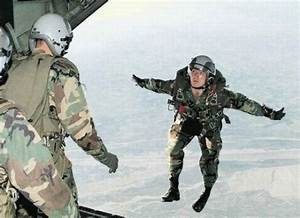 Damn Cool Pictures: Hilarious Army Photos