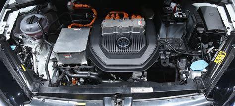 vw golf confirmed   volt mild hybrid boost