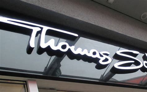außenbereich im innenbereich leuchtbuchstaben in frankfurt schicke werbung ist ihr kompetenter partner