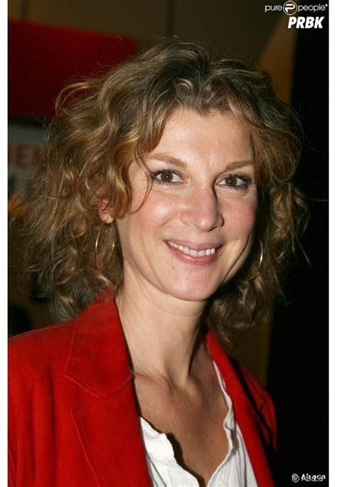 Michèle laroque (born june 15, 1960) is a french actress, comedian, humorist, producer and screenwriter. Michèle Laroque - biographie, photos, actualité - Purebreak