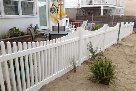 17 Best Images About Front Yard Picket Fences On Pinterest